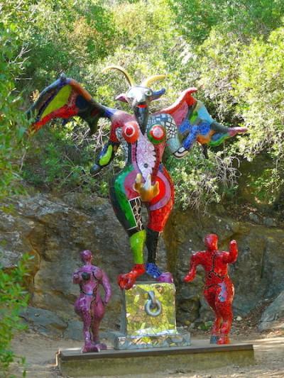 the devil - tarot garden nikki de st phalle - juvani photo